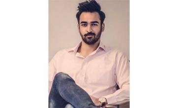 Agha Mustafa Hassan - Lets Loose His Artistry
