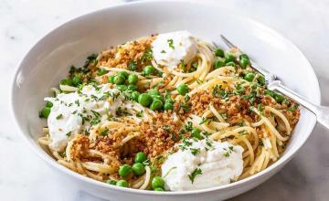 Lemony Spaghetti with Peas & Ricotta