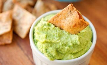 Fresh Sweet Pea Hummus