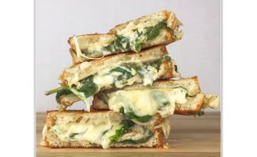 Spinach & Grilled Cheese