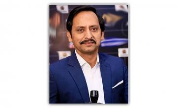 Saleem Meraj's Versatility