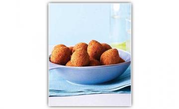 Coxinhas (Chicken Croquettes)