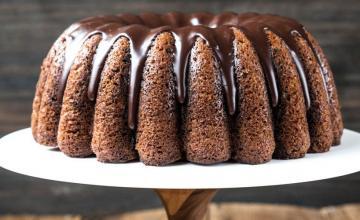Marbled Pumpkin Chocolate Cake
