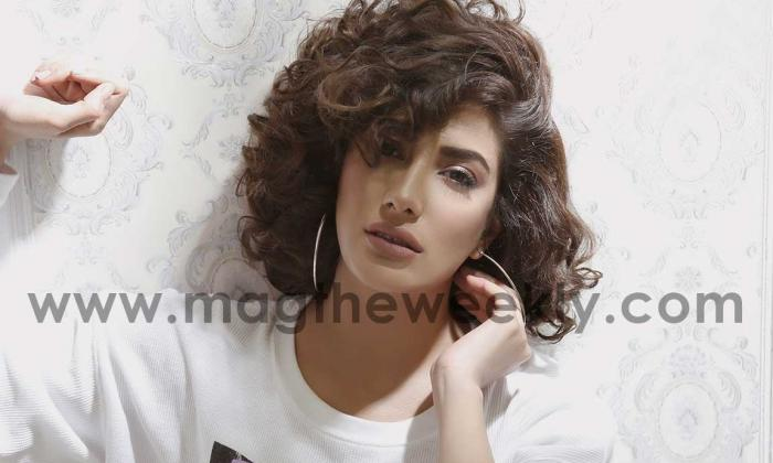 Mehwish Goes Mighty & Majestic With A New Look