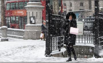 BRITAIN HIT BY BITING COLD