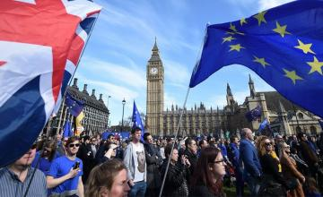 PRESSURE FOR A SECOND REFERENDUM ON BREXIT