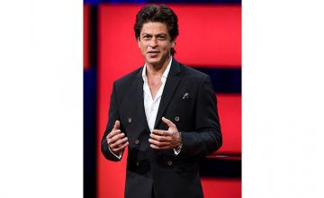 As an artist, I am very incomplete, says Shah Rukh