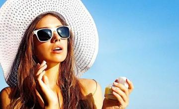HOW TO CHOOSE A SUNSCREEN
