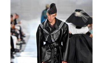 Runway model's epic Paris Fashion Week flounce