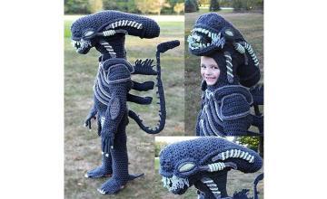 Ohio mom crochets Alien vs. Predator Halloween costumes for her sons