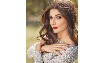 Mawra is all set to grace our screens again with a powerful role