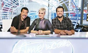 New single We Are The World gets American Idol encore